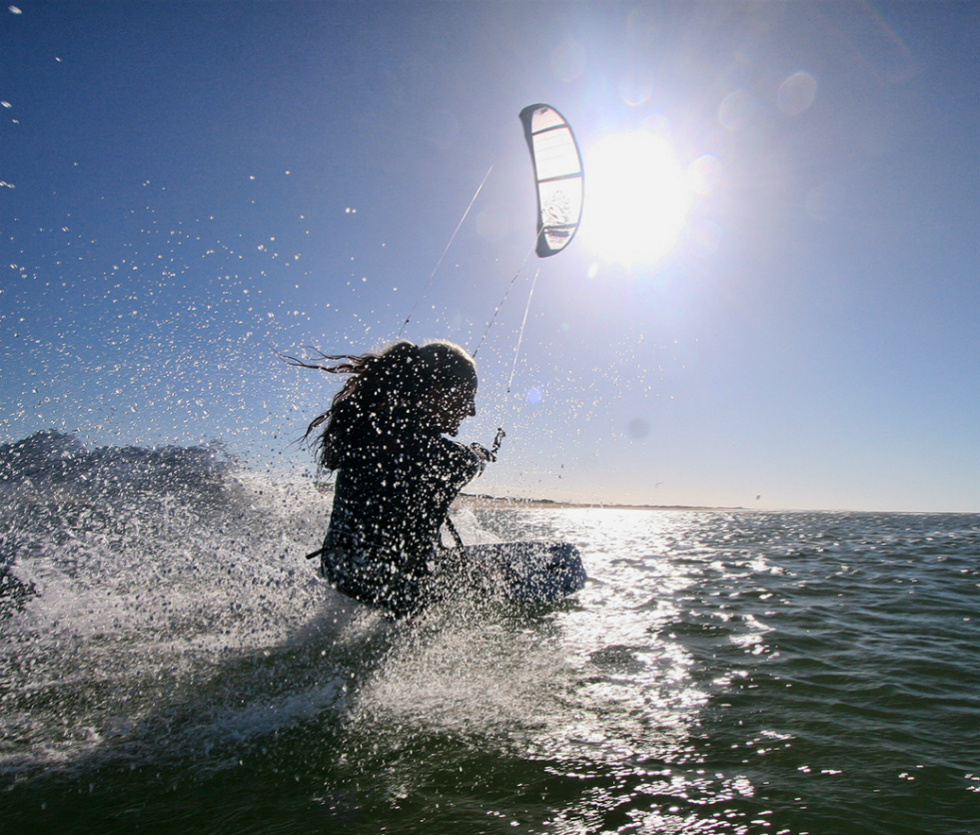Kitesurfing in Icaraizinho